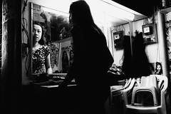 Wig (Meljoe San Diego) Tags: meljoesandiego fuji fujifilm x100f streetphotography streetlife reflection candid monochrome philippines