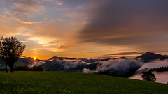 Sunrise over the mountains of Austria (__evi__) Tags: sonnenaufgang austria österreich mountains sunrise fog nebel
