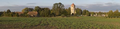 Vīksnas, Lestenes evaņģēliski luteriskā baznīca un brāļu kapi, 30.09.2017.