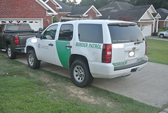 Border Patrol (Emergency_Spotter) Tags: police tahoe ssv federal cop cops rise spot spotlight special white lightbar whelen liberty lights black law emergency bowtie united states america green stripe alloy rims bronze awd border patrol tires take home vehicle alabama