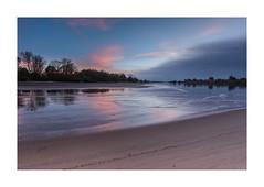 Low tide at sunset (PhotoChampions) Tags: tides tiden ebbe elbe fluss river landschaft landscape sunset bluehour blauestunde