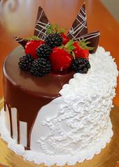 Art cake. (Alexandra Rudge.Happy New Year to all!) Tags: alexandrarudge alexandrarudgephotography alexandrarudgeimages still bodegon cake torta alexandrarudgecakes