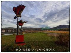 Voyage en Gaspésie (clamato39) Tags: gaspésie provincedequébec québec canada ciel sky clouds nuages pont bridge sculpture