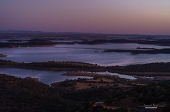Monsaraz Sunset 2/4 (sam.silva.tj) Tags: sunset alqueva monsaraz portugal alentejo landscape popular lake fields castle