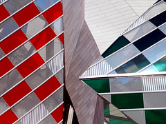 Louis Vuitton Foundation, Paris, France (duaneschermerhorn) Tags: architecture building skyscraper structure highrise architect modern contemporary modernarchitecture contemporaryarchitecture colorful colourful colors lines squares rectangles red grey green reflection