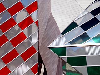 Louis Vuitton Foundation, Paris, France
