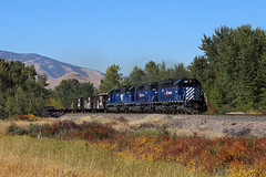 MRL Work Train, Dixon, MT (chief_huddleston) Tags: montana rail link mrl sd402xr sd402 emd train locomotive railroad mt flathead perma dixon 10th 255 259 257