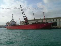 EMZARI berthed at Valletta, Malta - 24.11.2004 - www.maltashipphotos.com (Malta Ship Photos & Action Photos) Tags: sea malta ship valletta general cargo vessel geo flag syrian owned
