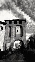 Heavy #Athmosphere  #clouds   #blackandwhite #photography #art #bnw #instagood #photooftheday #love #picoftheday #bw #monochrome #drawing #black #blackandwhitephotography #girl #photo #like4like #photographer #streetphotography #illustration #artwork #ins (! . Angela Lobefaro . !) Tags: clouds medieval castle schloss dark castillo castello castellodivaldengo valdengo biella biellese piemonte piedmont