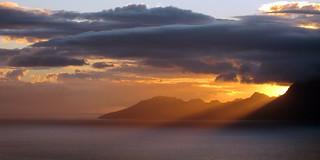 Sunset en dégradé sur Moorea depuis les hauteurs de Tahiti
