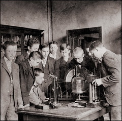 Physics Lesson 1899/1900 (ookami_dou) Tags: vintage stereoview dessau germany realgymnasium school physics lesson teaching