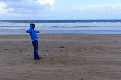 Strong Wind (ivlys) Tags: nordirland northern ireland countyantrim portrush whiterocksbeach sturm storm stark strong wind düne dune strand beach ozean ocean landschaft landscape natur nature katharina daughter ivlys