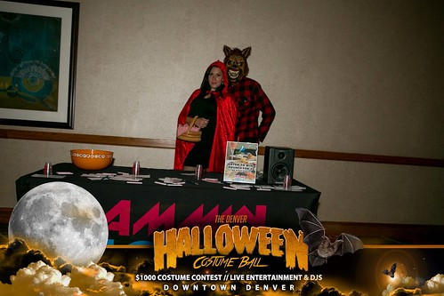 "Halloween Costume Ball 2017 • <a style=""font-size:0.8em;"" href=""http://www.flickr.com/photos/95348018@N07/38046721612/"" target=""_blank"">View on Flickr</a>"