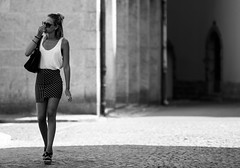 Enora in the streets of Saint-Malo (iam_sebastien) Tags: enora saintmalo streets blackandwhite girl bretagne france