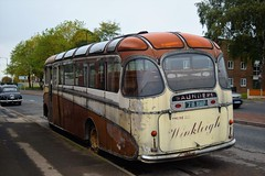 DSC_0003 (richellis1978) Tags: truck lorry bus coach abandoned scarp 76 76emp emp saunders bedford sbg plaxton venturer sb winkleigh