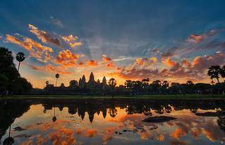 Sunrise over City Temple / Angkor Wat