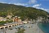 Nuove livree al mare [Explored] (Giacomo Corsini) Tags: liguria cinque terre monterosso sun e402b gran confort intercity spiaggia nikon d7200