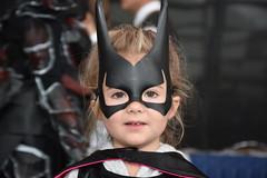 Batgirl (jeanfrancoislaforge) Tags: child enfant cosplay mask batman comiccon smileonsaturday batgirl nikon d7200 costume comicconquebec