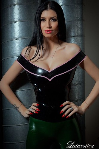 Lilly roma latex