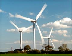 P1040931 (HJSP82) Tags: windturbines vestas windfarm fraisthorpe