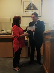 NUNAVUT: Award recipient/lauréate Elizabeth Dean, with/avec Premier/premier ministre Peter Taptuna