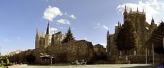 Astorga (santiagolopezpastor) Tags: espagne españa spain castillayleón león provinciadeleón maragatería maragato muralla murallas wall walls medieval middleages palacioepiscopal gaudí antonigaudí