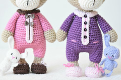 Sleepy bears together (lilleliis) Tags: teddy bear amigurumi crochet pajamas dressed slippers buttons bunny lilleliis