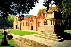 Vicopisano square (saveriosalvadori) Tags: vicopisano pisa architecture architettura art chiesa church