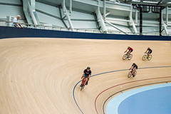 And here they come (smurfie_77) Tags: brisbaneopenhouse 2017 nikon d5600 annameares velodrome chandler commonwealthgames2018 sport trackcycling cycling track wood speed