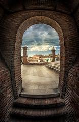 Scorcio sul ponte dei trepponti...Comacchio. (Raul-64) Tags: comacchio ferrara emiliaromagna struttura citta italia italy hdr texture
