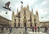 Milano - Duomo (Flavia-cyb) Tags: duomo milano piazza plaza square colombe doves birds people church travel flickrunited city italy trip canon60d walking camminando volo