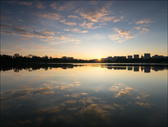 Russia. Moscow. Dawn on the Borisov pond. (Yuri Degtyarev) Tags: russia moscow dawn borisov pond sun reflections water moskvorechyesaburovo district москворечьесабурово борисовский пруд борисовские пруды братеево brateevo рассвет отражение вода 7144 714 hf007014 panasonic lumix dmcg3 g3 micro fourthirds 43 moskau russie capital city russian federation российская федерация город moscú mosca stadt ciudad città ville moskova sky lake cokin p121s