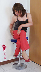 Red pants, black sleeveless blouse, red high heels Vol. II (Elsa Adriana) Tags: elsaadriana elsa sexylegs mexican peep tgirl travesti transvestite tbabe tv transgender transgenero toe mature