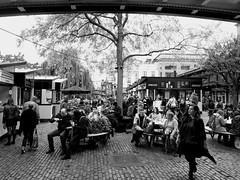 Camden Market b&w (52er Bild) Tags: camden market london england great britain udosteinkamp nexus 5x black white food essen trinken imbiss pause chalkfarm bw