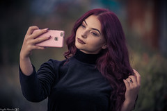 Selfie (Vagelis Pikoulas) Tags: selfie bokeh canon 6d tamron 70200mm vc girl portrait woman greece makeup mobile phone bestportraitsaoi