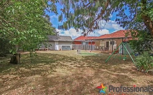 21 Leigh Av, Roselands NSW 2196
