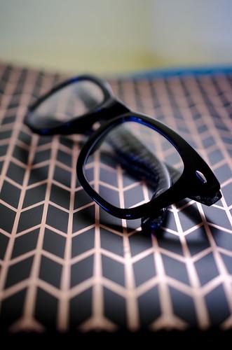 171101-glasses-eye.jpg