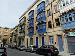 Maltese balconies (Linda DV) Tags: lindadevolder lumix geomapped geotagged travel europe malta 2017 mediterraneansea island sliema valletta ribbet