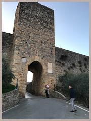 La porta Romea (trovado73) Tags: castle route stone gate castello walls hdraddicted