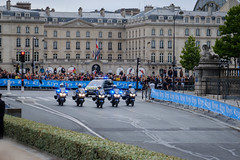 Le Tour arrive (barronr) Tags: ems gendarmerie letourdefrance louvre paris rkabworks ambulance cycling emergencysupport france motorbike police race