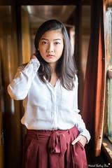 Laetitia (Mickael Shooting Stars) Tags: rouge shoot shooting photo portrait mode fashion train wagon rail vintage retro jupe robe chemise asiatique asie exotique d750 mickael brametz