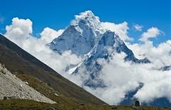 Ama Dablam (Kramskorner) Tags: mount everest base camp 2017 katmandu mountains himalayas pumori ama dablam snow capped peaks summit trek trekking hiking high altitude sony a7ii 24240mm landscape sunrise bw