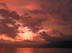 Beautiful lake (Alveart) Tags: guatemala atitlan lagoatitlan solola atitlanlake panajachel suramerica southamerica latinoamerica latinamerica centroamerica centralamerica alveart luisalveart tropics tropico santacatarinapalopo sanantoniopalopo sanlucastoliman palopo cerrodeoro volcansanpedro sanpedrovolcano volcantoliman tolimanvolcano highlands atiteco sunset atardecerguatemala