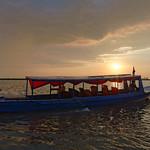 Boats at Chong Kneas thumbnail