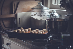 October 04, 2017 (kelly ishmael) Tags: baking cookies kitchen