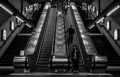 DSCF3339 (::Lens a Lot::) Tags: black white streetphotography street photography bw portrait candid metro subway gate station wide depth field fixed length vitage prime manual classic japanese primme lens noir et blanc monochrome intérieur personnes profondeur de champ route nikon nikkor 28mm f2 1976 | 7 blades aperture f paris 2017