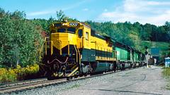 4002_9_25 (5)_crop_clean_R (railfanbear1) Tags: dh nysw