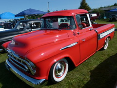 1957 Chevy Cameo Pickup (Toats Master (Off / On)) Tags: cars trucks classic vintage chevy chevrolet pickup