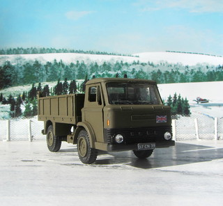 Dinky Kits Ford D800 Tipper Truck No. 1029 1973 Restoration And Conversion To Military : Diorama Winter Scenery - 10 Of 28