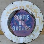 SORTIE DE GARAGE thumbnail